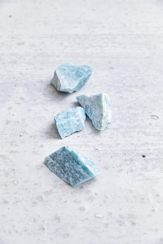 PURE BLISS – Dein Amazonit Rohstein Edelsteine crystals, NAIONA.