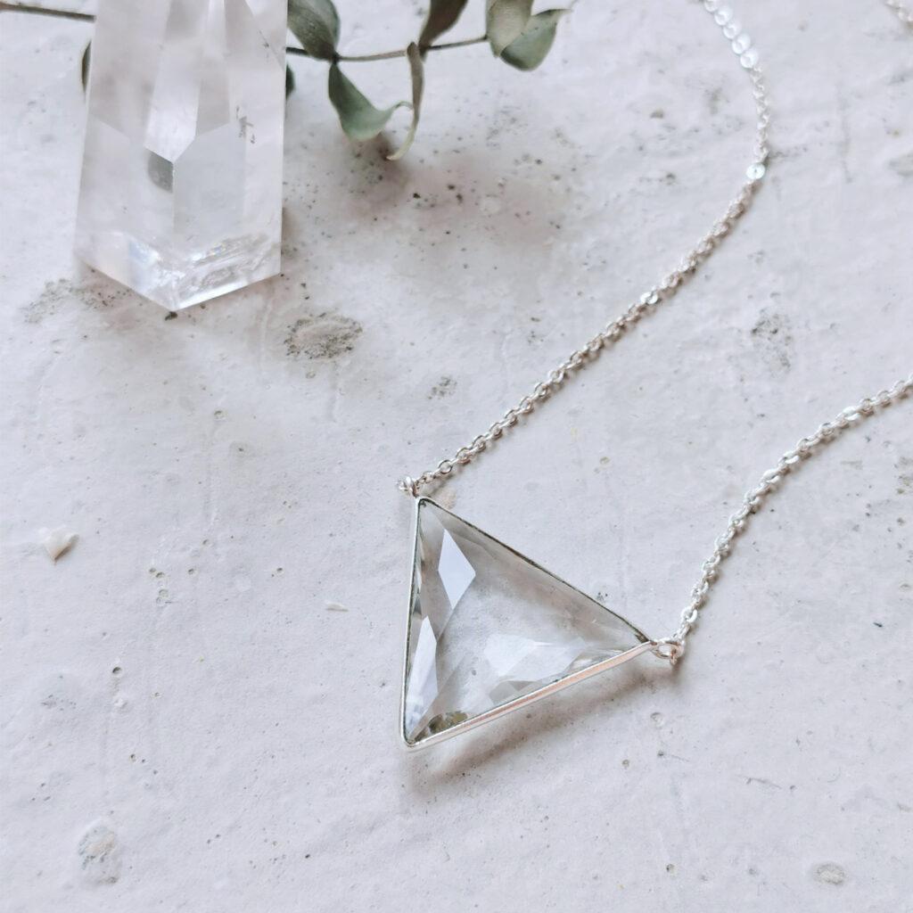 SOUL GUIDE Kette silber – WANDAFUL COLLECTION mit Bergkristall. Bergkristallspitze, Eukalyptus.